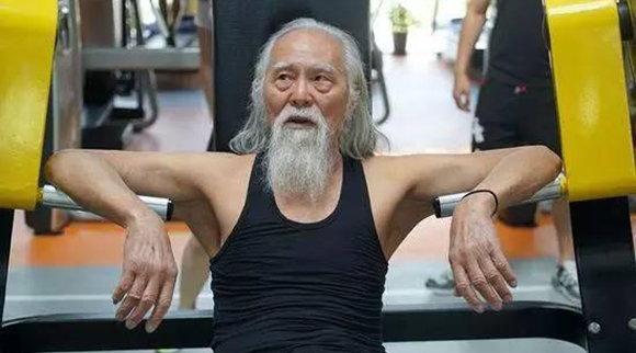 人上了年紀,瘦一點比較好還是胖一點好?